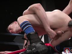 Axel Abysse seduces Matt for horny action