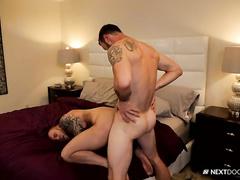 Hunk got seduced for hot gay fuck by handsome boyfriend